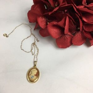 Vintage Jewelry - Vintage Cameo with Faux Diamond Necklace